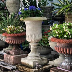 Marlia Grande and Pair of Kenilworth 24 Planters on Rustic Plinths Vintage #longshadowplanters #longshadowvintage #gardendesign